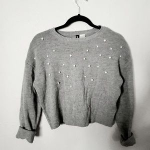 Grey crop pearl crew neck pullover sweater h&m